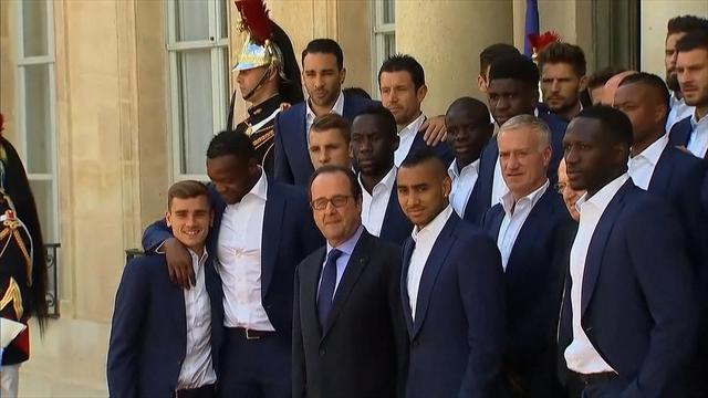 Les Bleus received by French president despite France's final failure