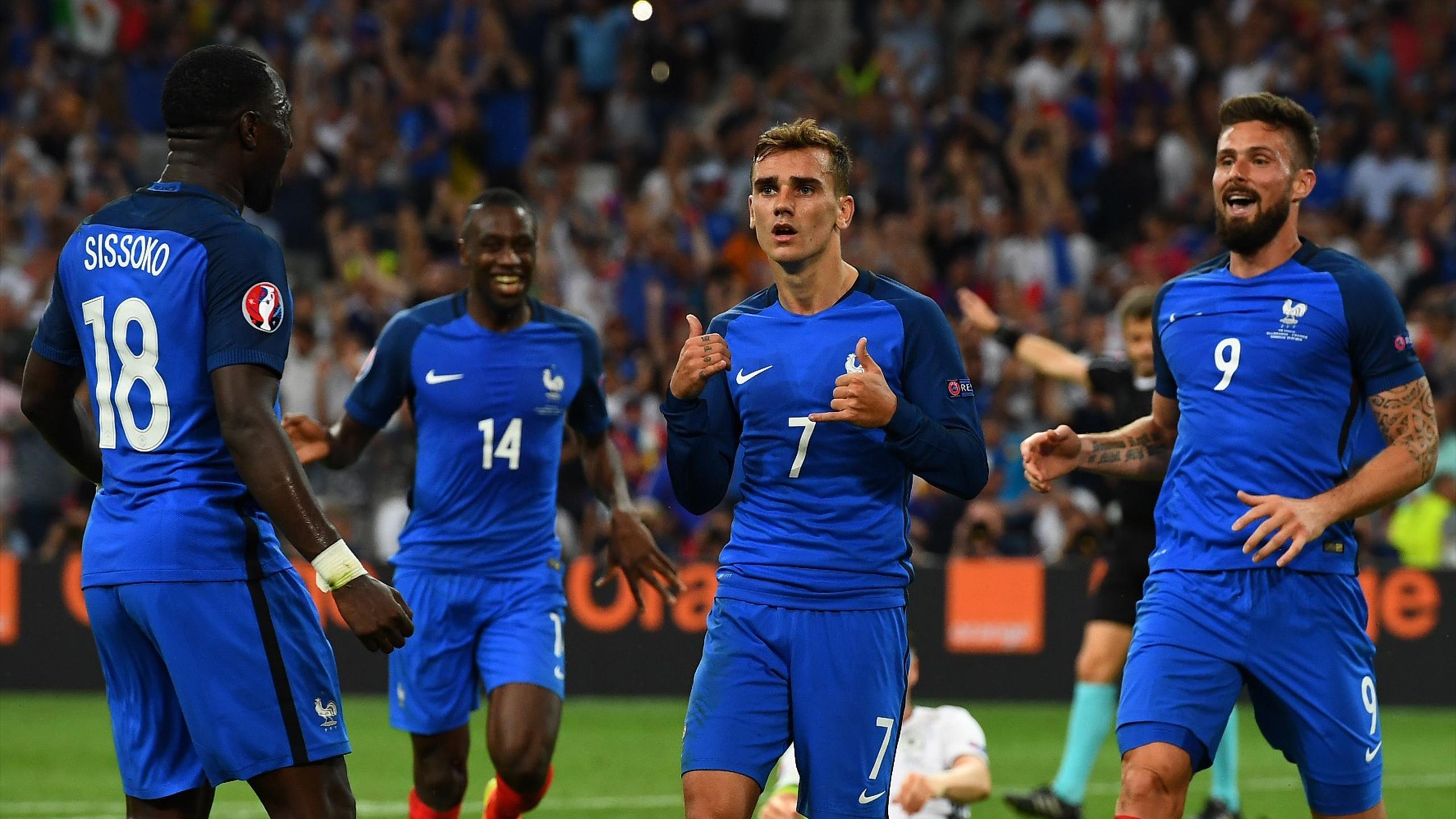 Antoine Griezmann, Olivier Giroud, Blaise Matuidi et Moussa Sissoko face à l'Allemagne