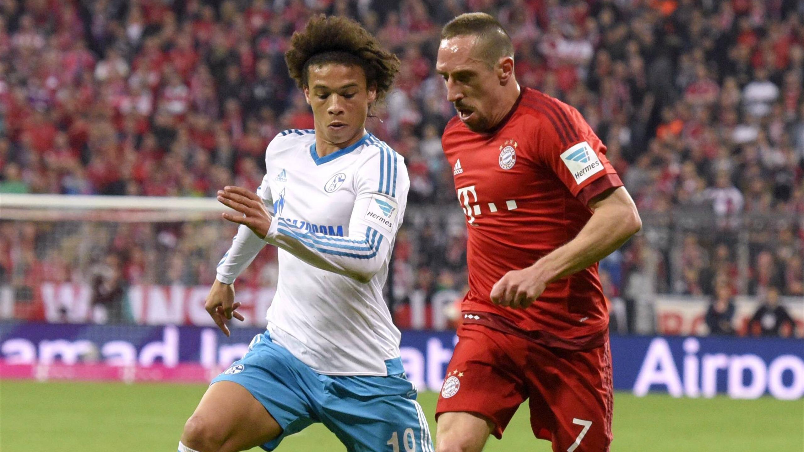 Leroy Sané au duel avec Franck Ribéry