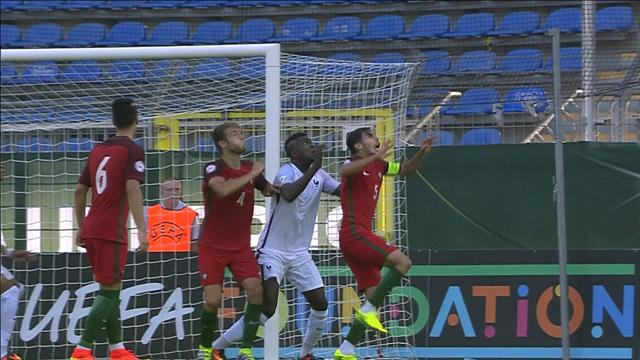 Mbappé a profité d'une touche longue pour offrir le but du break aux Bleuets
