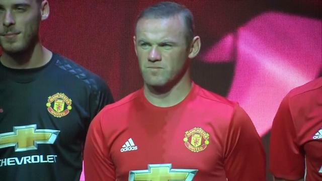 Manchester United dévoile son nouveau maillot domicile