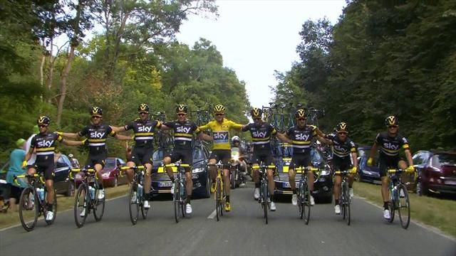 Team Sky race arm-in-arm to honour Froome