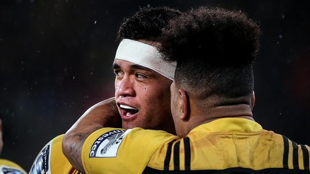 Hurricanes hang tough to make Super Rugby final