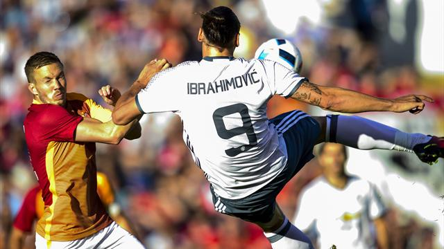 Un but sur une volée acrobatique : Zlatan n'a pas raté ses débuts avec MU