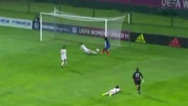 Comme les garçons, les Bleuettes ont triomphé à l'Euro U19 (sous le déluge)