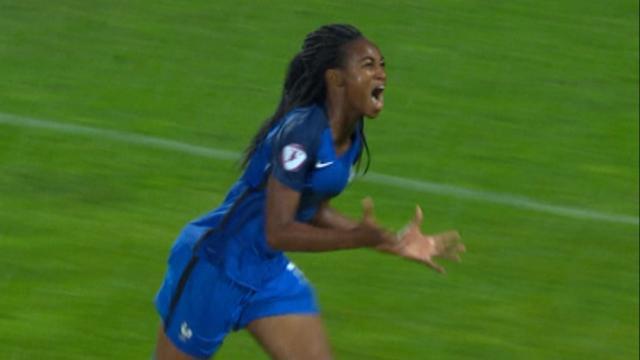 Les Bleuettes ont vaincu les Espagnoles (et les éléments) pour devenir championnes d'Europe