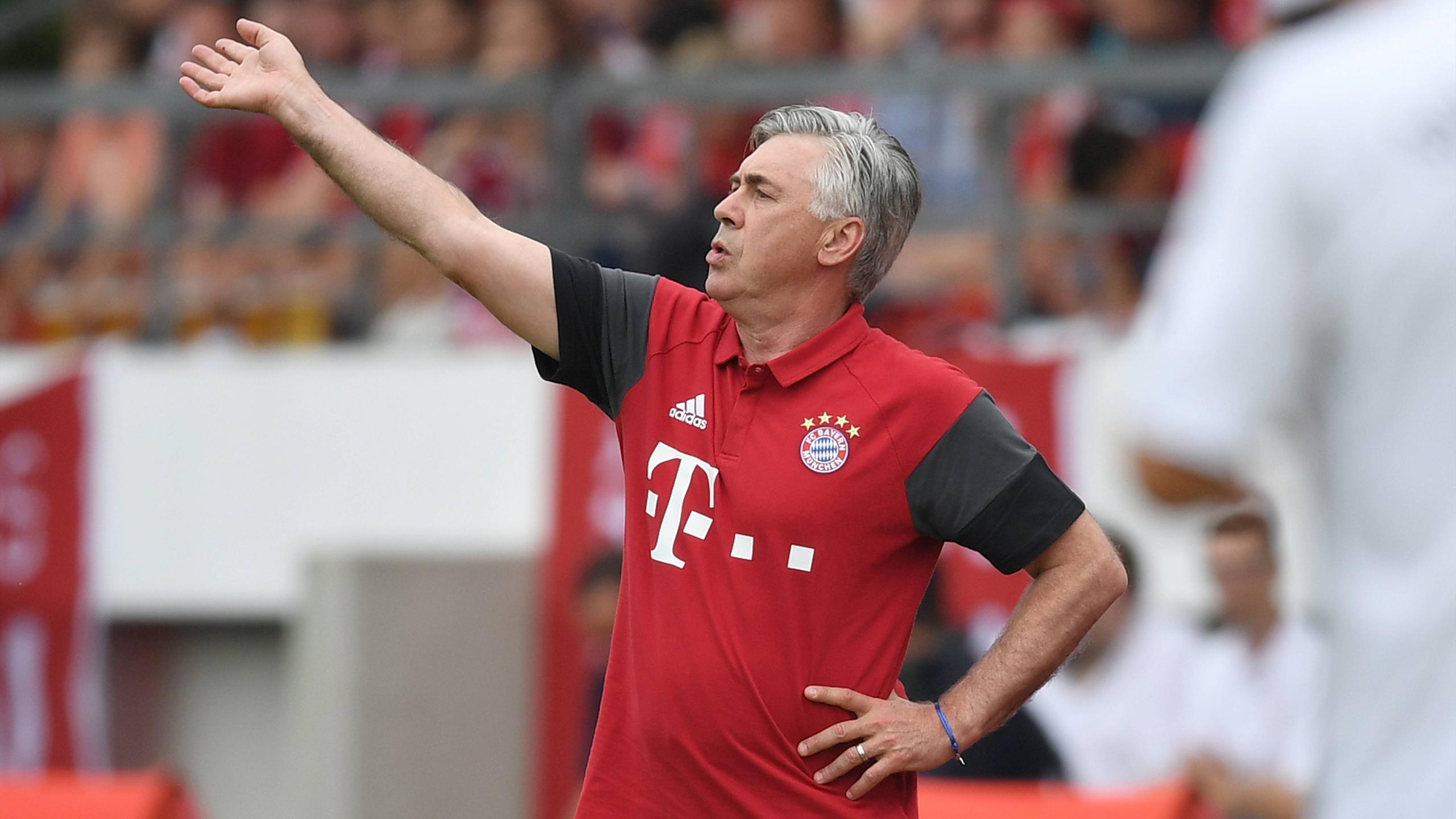 Carlo Ancelotti lors de la préparation du Bayern