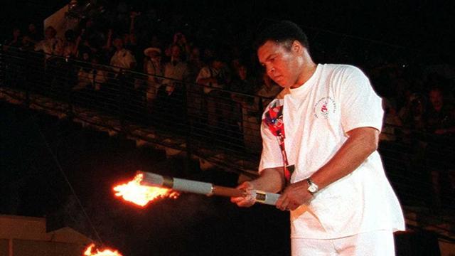 Große Olympia-Momente: Muhammad Ali entzündet das Feuer 1996 in Atlanta