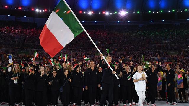 Il maratoneta Vanderlei ultimo tedoforo per Rio 2016
