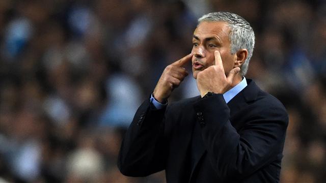 "Mourinho : ""J'ai sorti Mata car c'est mon plus petit joueur"""