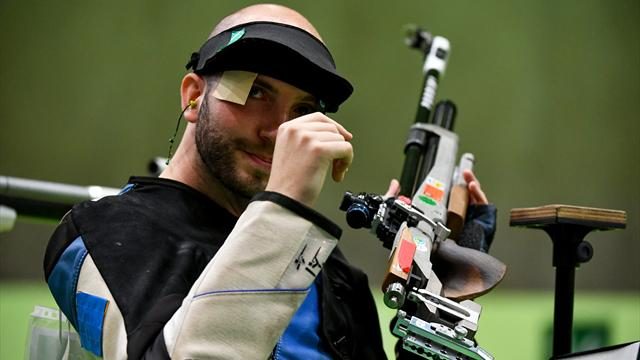 Italy's Campriani takes gold in 10m air rifle