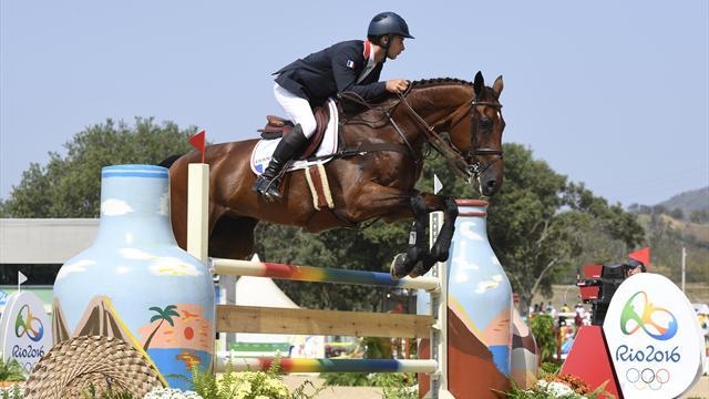 Французские конники завоевали золото Олимпиады вкомандном троеборье
