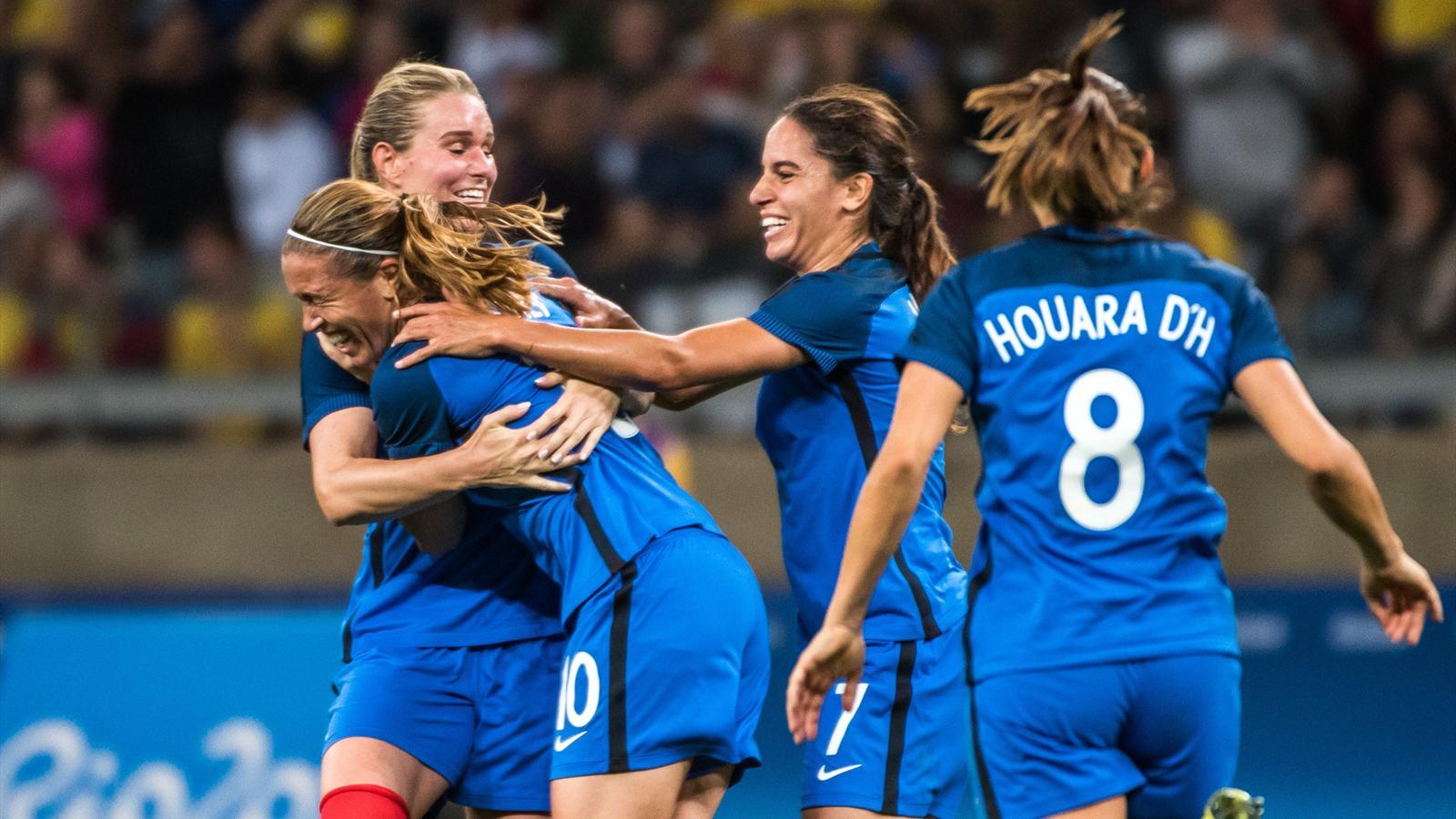 La france surclasse les etats unis et s 39 offre la - Calendrier coupe d europe foot ...