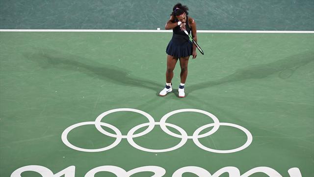 Totalement à côté de son sujet, Serena aussi est tombée