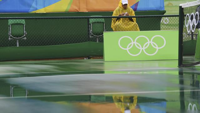 Rain causes chaos at Olympic tennis