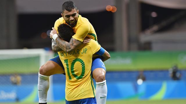 Grâce à son spectaculaire réveil, le Brésil file en quart