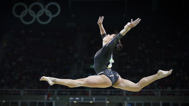 Ancora un oro per Simone Biles, spettacolare regina della ginnastica