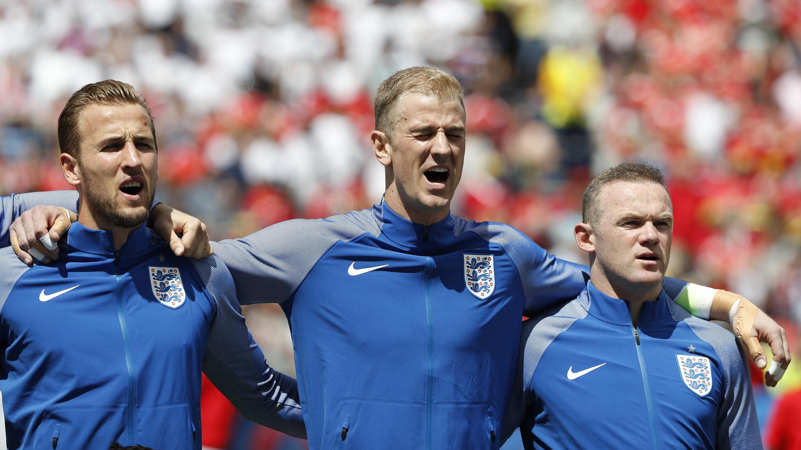 England's Harry Kane, Joe Hart and Wayne Rooney
