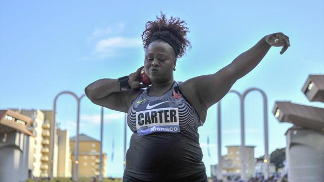 Толкание ядра: золотую медаль завоевала американка