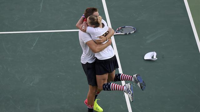 Sock and Mattek-Sands win mixed doubles for US