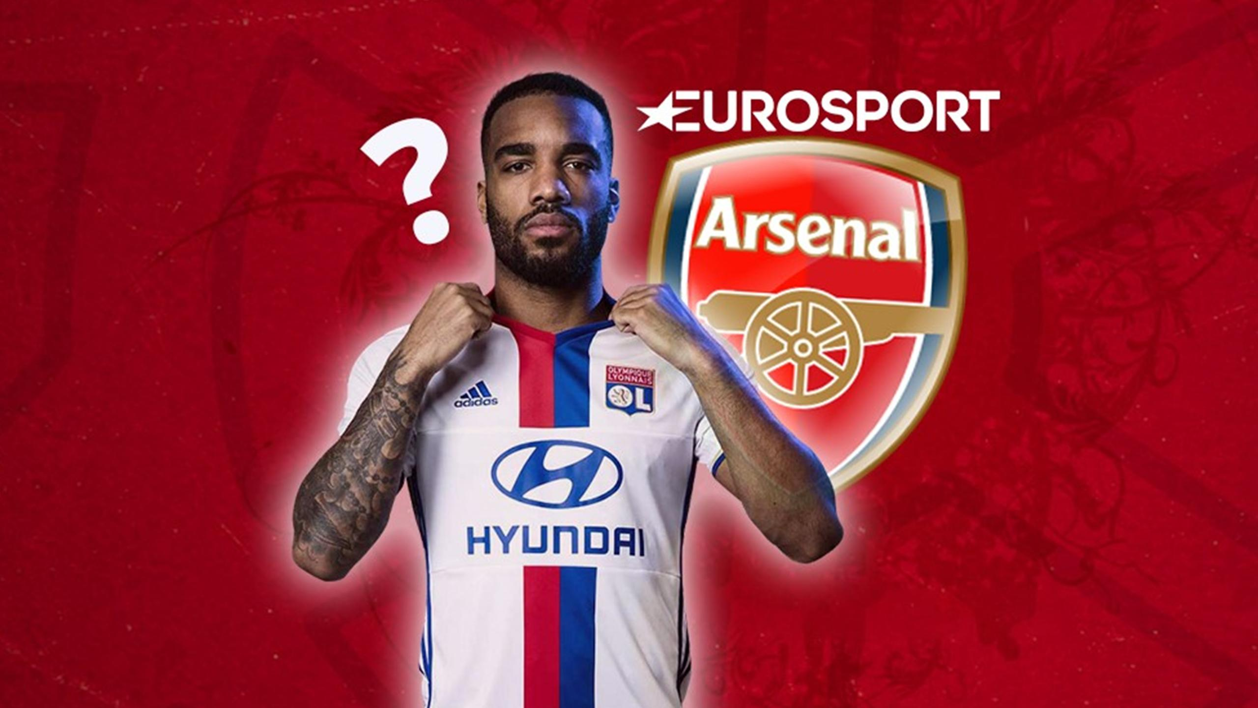 Alexandre Lacazette aurait été contacté par Arsenal l'été dernier.