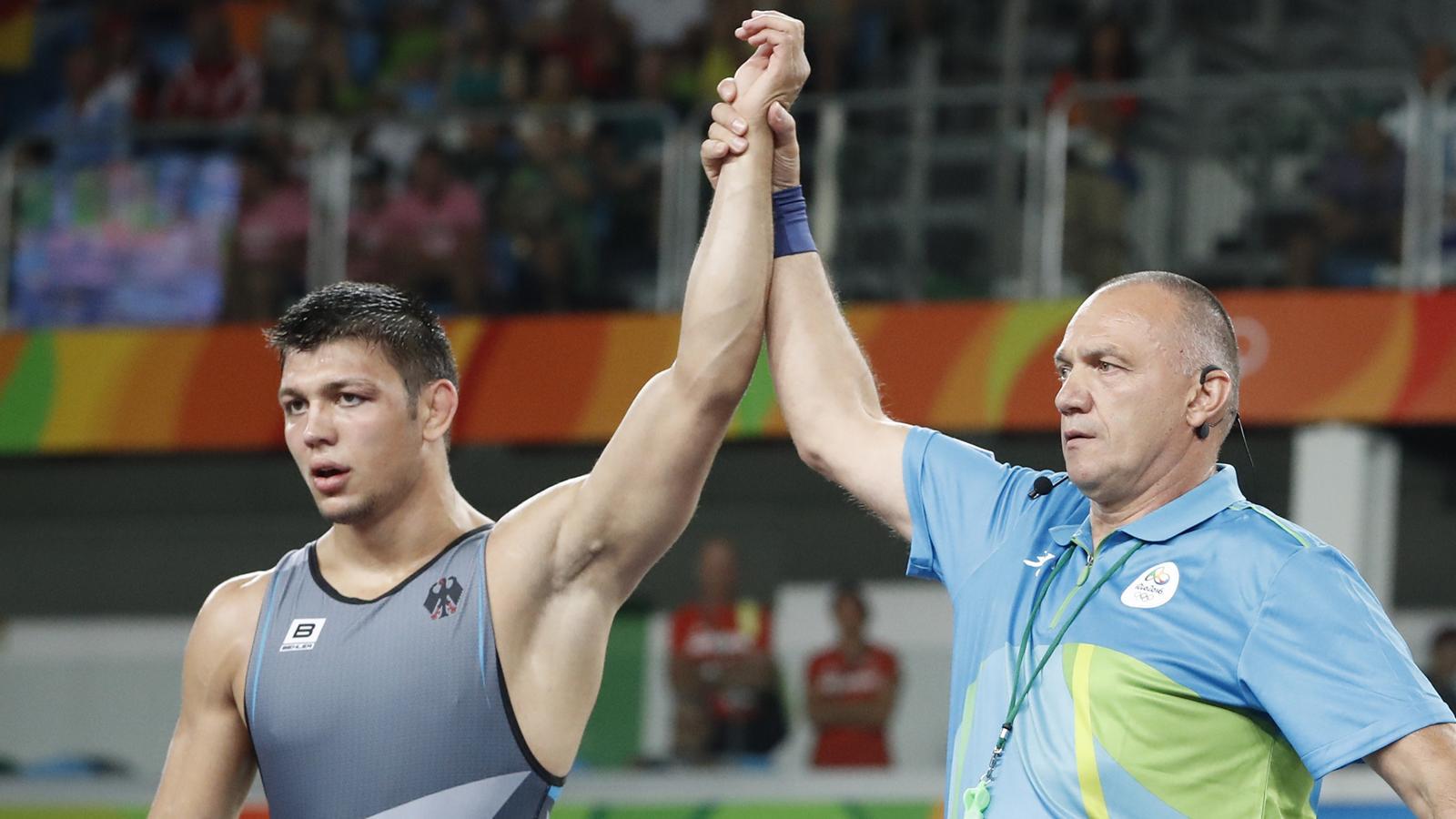 olympia 2016 denis kudla gewinnt bronze medaille in rio rio 2016 ringen griechisch r misch. Black Bedroom Furniture Sets. Home Design Ideas