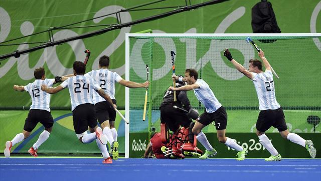 Хоккей: немцы победили голландцев всерии пенальти изавоевали бронзу