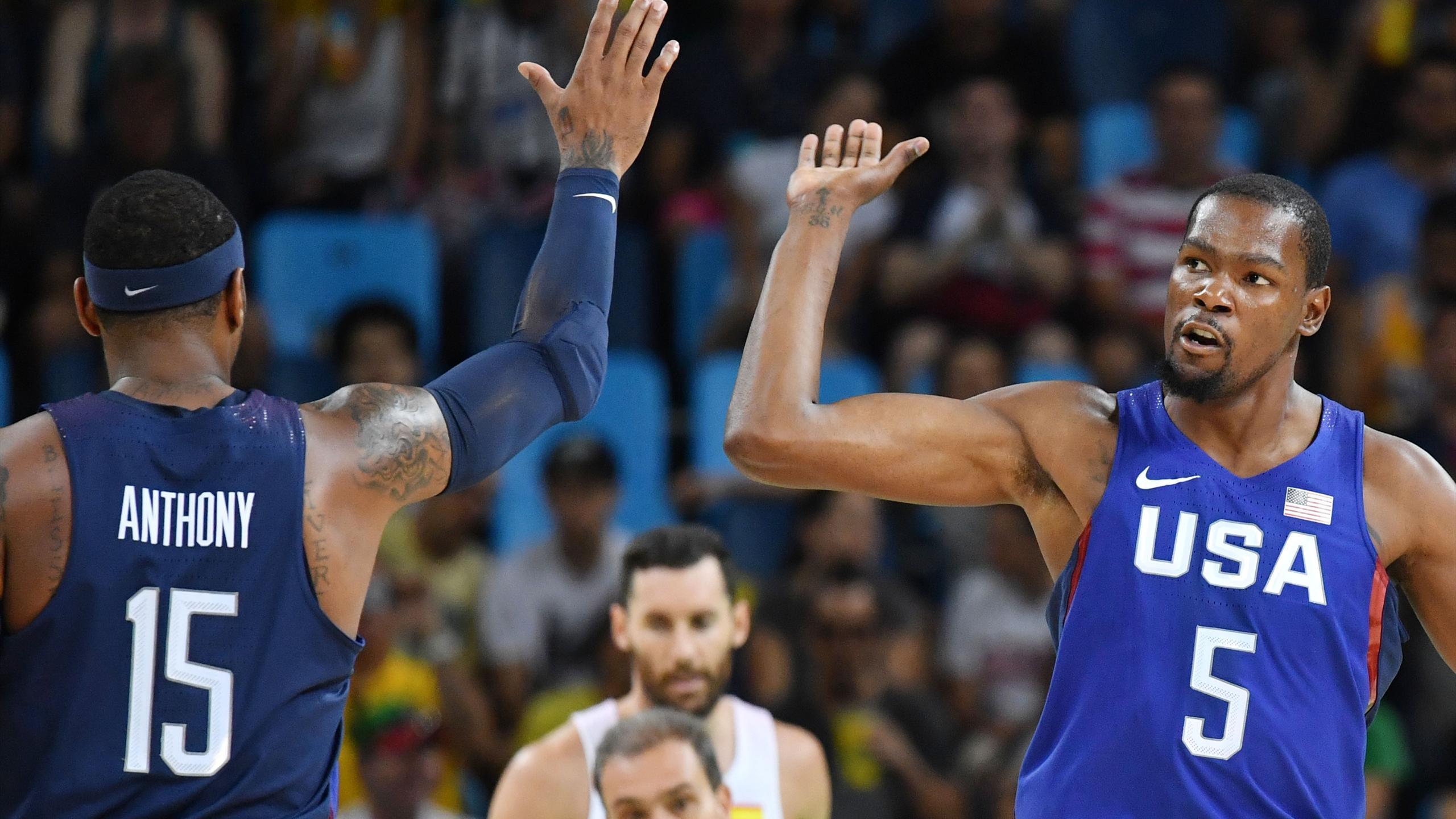 Kevin Durant et Carmelo Anthony lors de la demi-finale face à l'Espagne