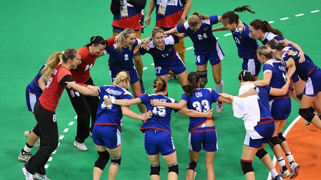 Российские гандболистки получат премию от Федерации за победу на Олимпиаде