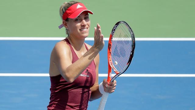 Serena Williams and Kerber qualify for Tour finals