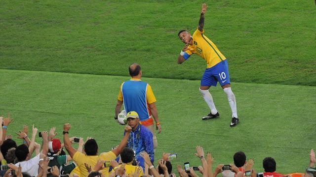 """Avec le """"To Di World"""", Neymar a dédié son but de la finale olympique à Bolt"""