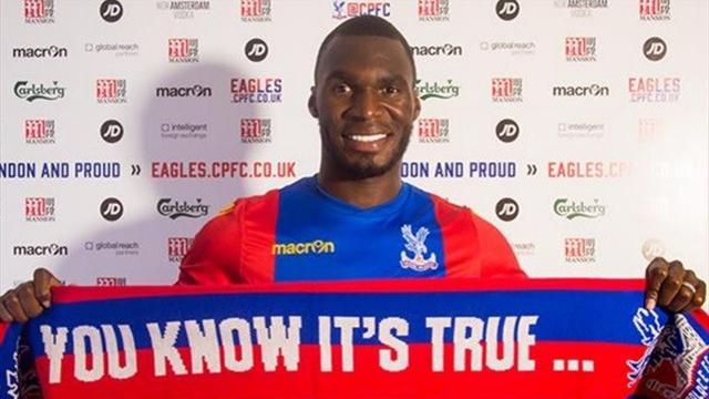 A peine transféré à Crystal Palace, Benteke commet une belle boulette