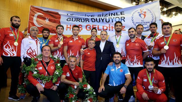 Rio 2016 kafilesi yurda döndü