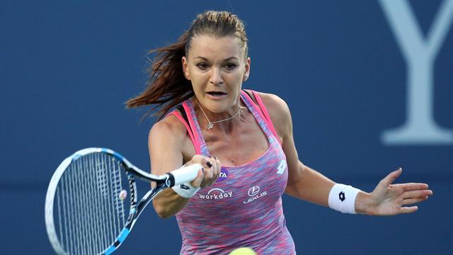 Agnieszka Radwanska safely through in Connecticut Open