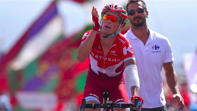 Российский велосипедист «Катюши» Лагутин выиграл восьмой этап