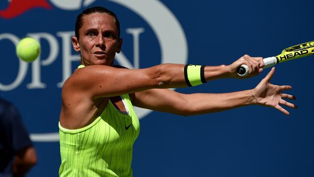 Round-up: Vinci takes McHale apart, Kvitova battles into second round