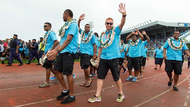 Un terrain, un titre de chef et un passeport : les Fidji font tout pour retenir Ben Ryan !