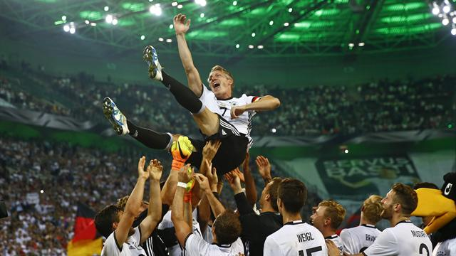 Germany ease to victory as Schweinsteiger says goodbye