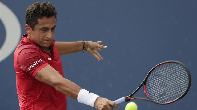ATP Metz, Nicolás Almagro-Julien Benneteau: Punto de inflexión (7-6 (3) y 7-5)