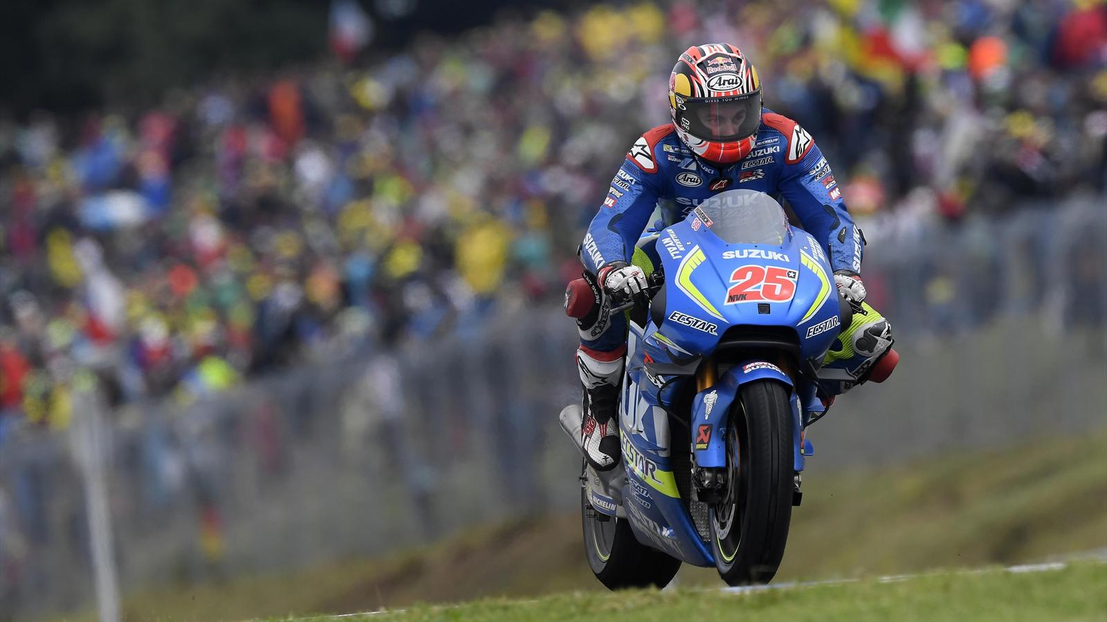 motogp maverick vinales suzuki team devant les autres cadors grand prix de grande bretagne. Black Bedroom Furniture Sets. Home Design Ideas