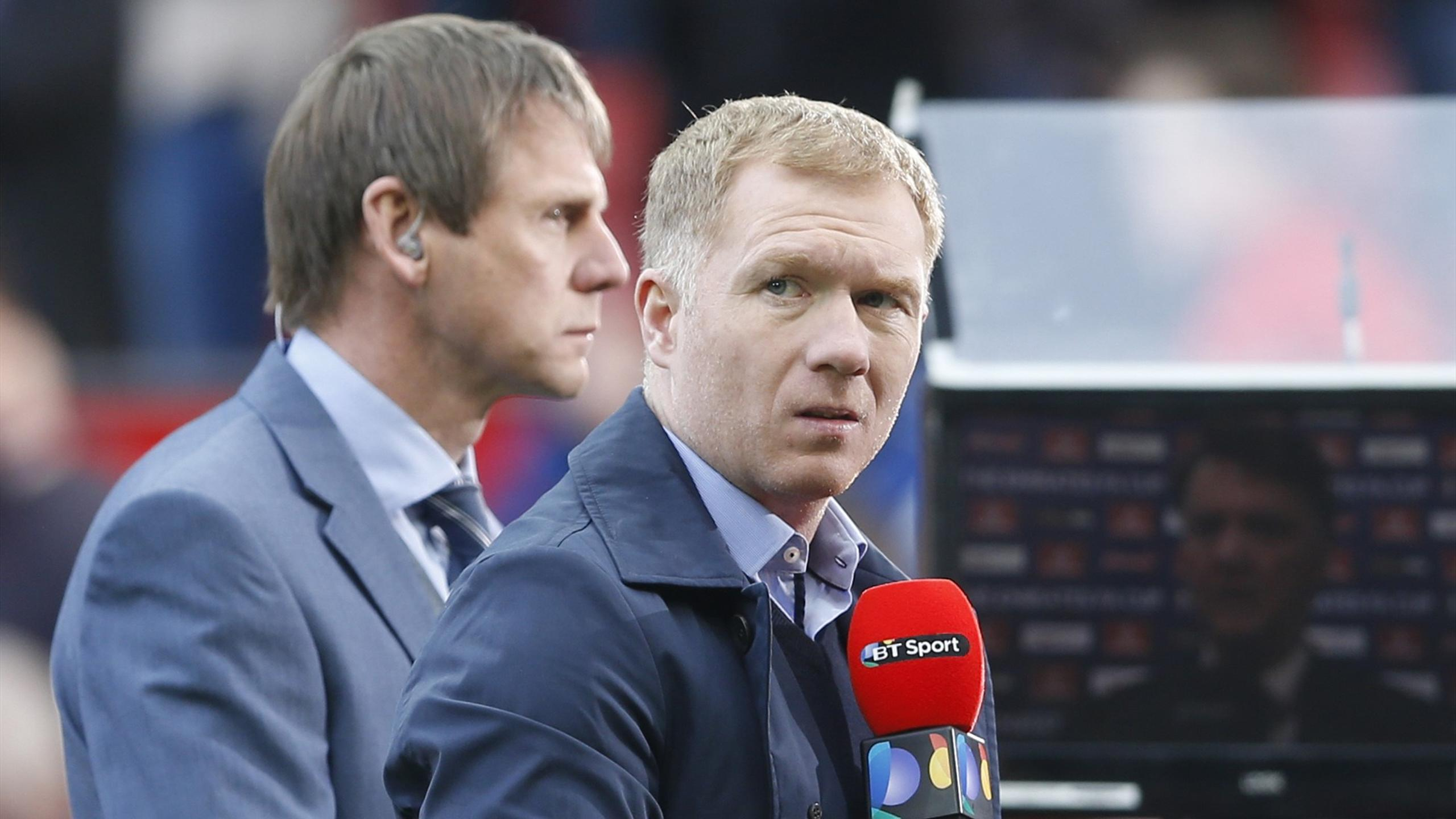 Stuart Pearce and Paul Scholes ready to make a TV appearance