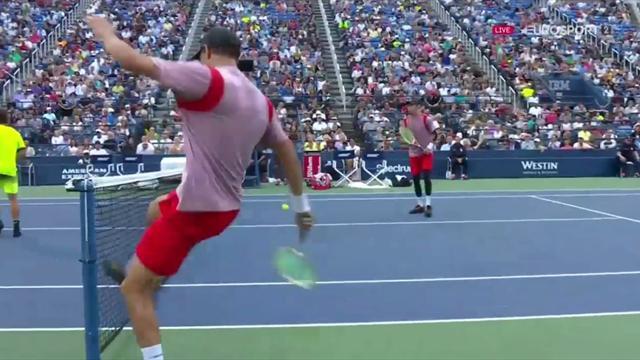 Djokovic va por las semifinales del US Open