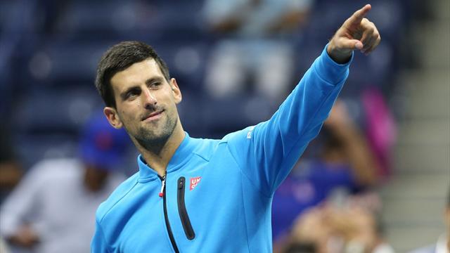 Djokovic eksik mesaiyle yarı finalde