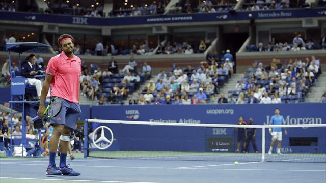 "Mouratoglou : ""Une seule solution face à Djokovic : aller vers l'avant"""