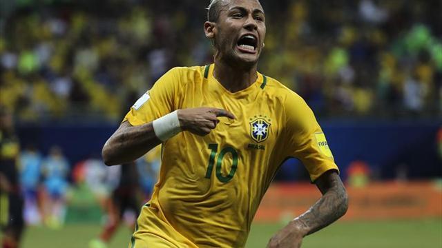 Neymar brilla y Brasil derrota a la Colombia de James (2-1)