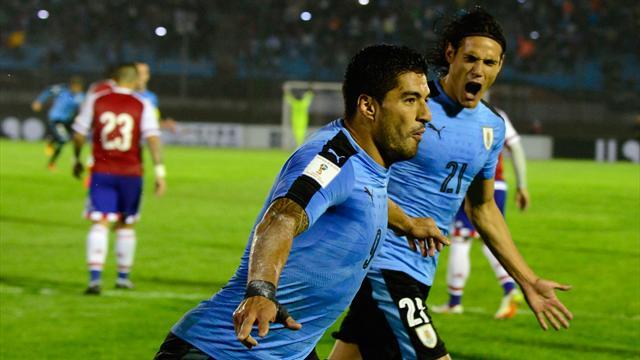 Gardien à l'entraînement, Suarez parvient quand même à marquer un but dingue