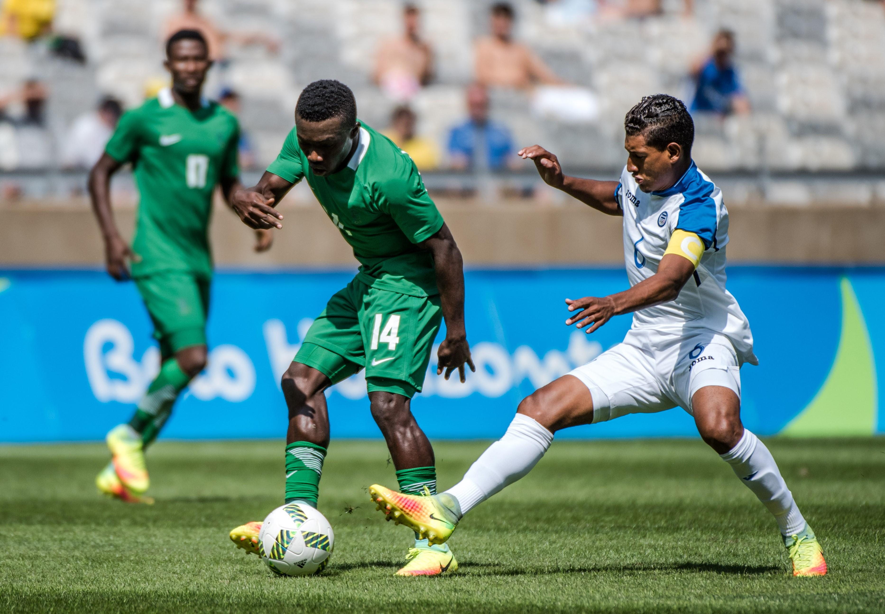 Bryan Acosta (Honduras), Okechukwu Azubuike (Nigeria) aux Jeux Olympiques de Rio 2016