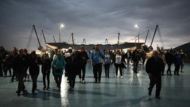 Manchester City - Moenchengladbach reporté à mercredi