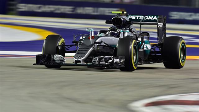 Singapur'da ilk cep Rosberg'in
