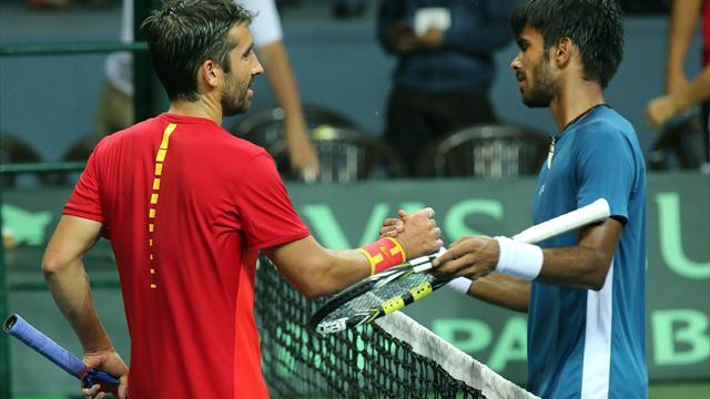 Copa Davis, India-España: Marc López y David Ferrer completan el 5-0